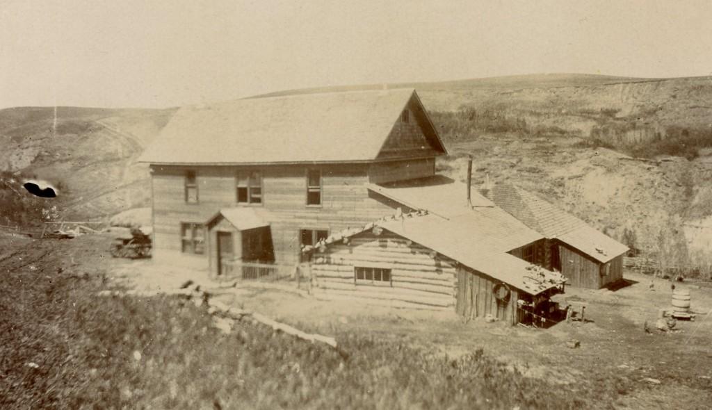1905314