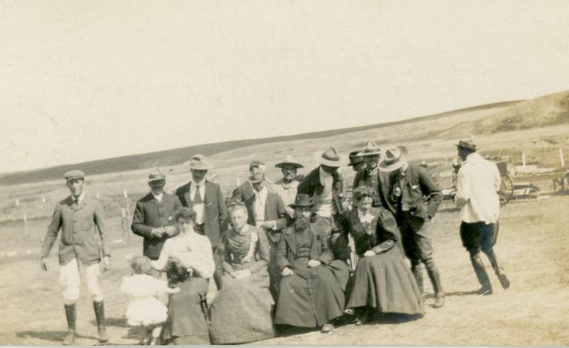 1905317