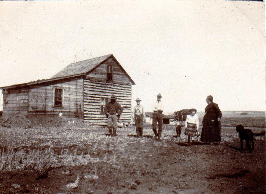 L.Y. Ranch Mrs Trochu, Dodds Louis Suzanne maman